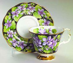 Royal Albert PROVINCIAL FLOWERS Purple Violets Cup & Saucer 5462149