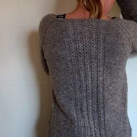 Ravelry: Wanderling pattern by Isabell Kraemer I like the back detail. Raglan Pullover, Ravelry, Universal Yarn, Christmas Knitting Patterns, Lang Yarns, Dress Gloves, Paintbox Yarn, Yarn Brands, Red Heart Yarn