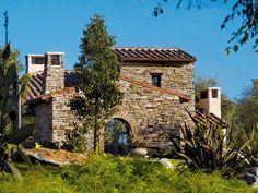 Rivestimento di facciata in pietra ricostruita TOSCANO P72 Collezione Profilo…