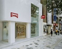 17b08108f1 new Camper store in TOKYO. And Yes... Jaime Hayón is Santa Clause