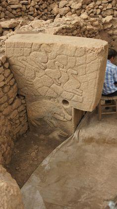 Göbeklitepe- Urfa, 9600 BC (11.600 years ago) photography: Erdinç Bakla (2012)