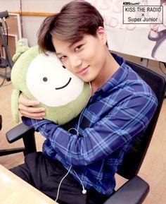 Kai is just being plain cute right here god bless EXO for raising Kai to be the man that I love ❤️ Chanbaek, Kaisoo, Chanyeol Baekhyun, Exo Kai, Xiuchen, Exo Korean, Kim Minseok, Wattpad, Bts And Exo