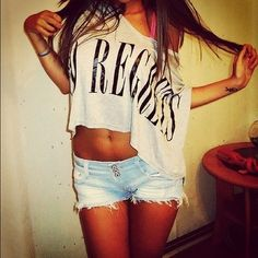 Summer Outfit - Graphic Crop Top - Shorts
