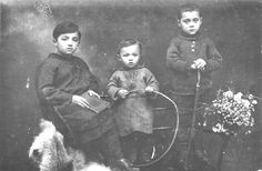 Mlawa, Poland, Jewish children, Prewar. Such a beautiful family wiped out by Nazis