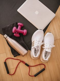 Free Home Workouts + Affordable Home Workout Equipment to Make the Most of Your Quarantine Workouts Workout Room Home, Home Workout Equipment, At Home Workouts, Youtube Workout, Postnatal Workout, Fitness Photos, Weight Loss Workout Plan, Workout Aesthetic, Fit Motivation