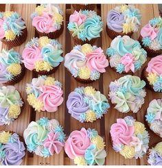 Multi colour mini florette cakes