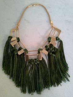 Colar Floresta./Necklace Floresta.