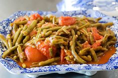 Thanksgiving Green Beans by Ree Drummond / The Pioneer Woman.  Use fresh green beans.