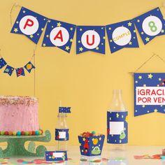 Decoración para fiesta del ESPACIO EXTERIOR. Kit imprimible para decorar tu fiesta a todo color. El kit de fiesta imprimible incluye la decoración en color y en blanco y negro para colorear.
