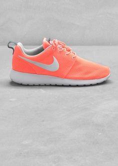 Nike Roshe Run // & Other Stories