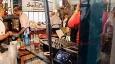 Dining Guide Street Food Show, Hold utcai piac