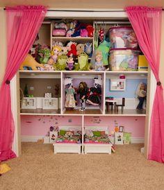 The Organized Dream: 22 Brilliant American Girl Doll Storage Ideas American Girl Storage, American Doll House, American Girl Doll Room, American Girl Crafts, Girl Room, Girls Bedroom, Bedrooms, Ag Doll House, Doll Houses