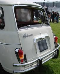 renault r4 super, look at the different back side.
