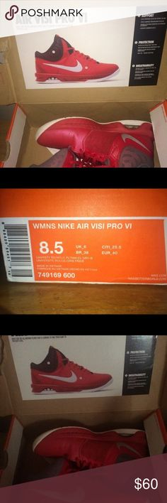 Nike basketball shoes (women's) Rarely used Nike Shoes Athletic Shoes