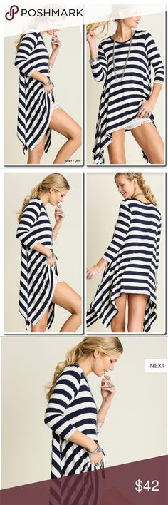Loose Fit Striped Top Description: Loose Fit Striped Top Navy blue   *HEIGHT OF MODEL: 5'8 / SIZE: SMALL Tops