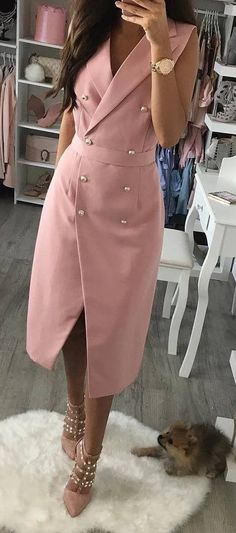 Stylish Summer Outfits You Should Already Own Pink Wrap Coat + Studded Pumps Stylish Summer Outfits, Classy Outfits, Casual Outfits, Casual Clothes, Summer Clothes, Ladies Outfits, Sexy Outfits, Blazer Dress, Coat Dress