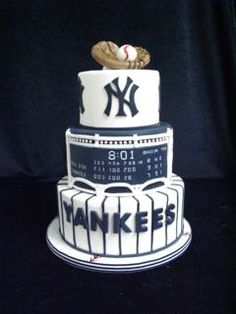Yankee cake, NY Yankees, Red Sox still winning! Softball Party, Baseball Birthday Party, Daddy Birthday, Birthday Cake, Baseball Cakes, Baseball Food, Yankees Logo, Ny Yankees, Yankee Cake