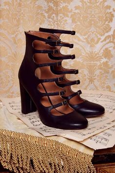 Love, Courtney by Nasty Gal Whiskey a Go Go Heel | Shop Shoes at Nasty Gal!