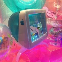THE PASTEL /// pastel aesthetic / pink aesthetic / kawaii / wallpaper backgrounds / pastel pink / dreamy / space grunge / pastel photography / aesthetic wallpaper / girly aesthetic / cute / aesthetic fantasy Neon Aesthetic, Aesthetic Rooms, Aesthetic Vintage, Aesthetic Photo, Aesthetic Pictures, Photography Aesthetic, Aesthetic Collage, Aesthetic Fashion, Urban Fashion