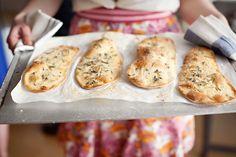 Picture 2296 « Food: Eleven Delicious Flatbread Recipes. Yum. | justb.