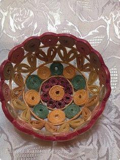 Поделка изделие Плетение Новая шкатулка Трубочки бумажные фото 1