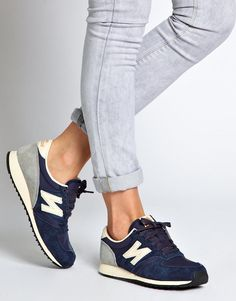 New Balance | New Balance 420 Navy Suede Sneakers at ASOS