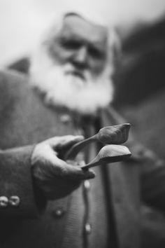 Musik Löffel, Music Spoon, Percussion Löffel oder Percussion Spoon. Nenn ihn wie du willst. Wir nennen es pure Lebenslust. Spoontanies! Klacklöffel sind das aktuell trendigste Perkussionsinstrument im Musikbusiness. Lebenslust pur! Try Harder, Percussion, Spoons, Wood Carving, Musical Instruments, Musicals, Passion, Times, Music