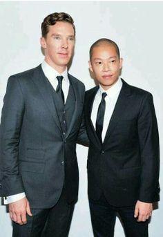 Benedict Cumberbatch steunde Jason Wu tijdens zijn eerste show voor Hugo Boss.