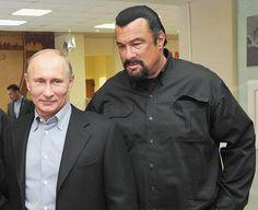 Conceden ciudadanía rusa a Steven Seagal; 6500 personas visitan el Shul de San Petersburgo, explota en actividades la comunidad judía de Rusia, (En Yiddish) - http://diariojudio.com/noticias/conceden-ciudadania-rusa-a-steven-seagal-6500-personas-visitan-el-shul-de-san-petersburgo-explota-en-actividades-la-comunidad-judia-de-rusia-en-yiddish/220630/