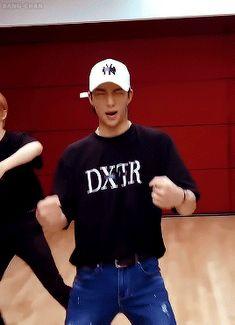 Hyunjin // My Pace dance practice (close up ver) Wattpad, El Divo, Lee Know, Kpop Boy, Boyfriend Material, My Boys, Fandom, Boy Bands, Boy Groups