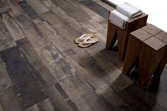Verouderd hout Walnoot Moka, verkrijgbaar in 22,5x90 en 15x90 (19-OW) Tegelhuys