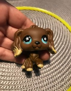 LPS dog in good condition, rare. Everything looks fine, it just has a little dent in the paw. Please check the picture before purchase. Sold as is. Lps Dog, Lps Cats, Lps Littlest Pet Shop, Little Pet Shop Toys, Lps Toys For Sale, Custom Lps, Lps Accessories, Dragon Crafts, Shop Art