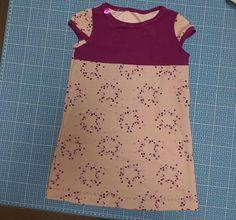 Sterntaler-Mädchen – billepiz Ein süßes selbstgenähtes Kleid für kleine Prinzessinnen. Lady, Pink, Two Piece Skirt Set, Blouse, Skirts, Tops, Dresses, Fashion, Little Miss
