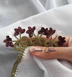 Nihal Hanımın Serisinden Çok Pratik Mükemmel Tığ İşi Oya Modelleri Hand Henna, Hand Tattoos, Model, Scale Model, Models, Template, Pattern, Mockup