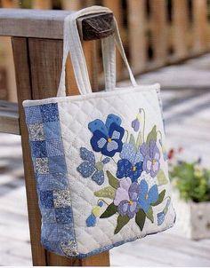 hermoso bolso floral azul