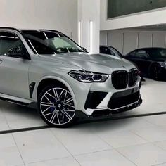 Luxury Sports Cars, Top Luxury Cars, Luxury Suv, Range Rover Black, Mercedes Suv, Bmw Suv, Bmw Concept, Lux Cars, Audi S4