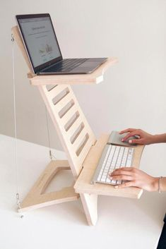 Tired of sitting down at your desk for hours on end? Turn any desk into a standing desk with this eco friendly, adjustable, and portable standing desk unit. Smart Furniture, Home Office Furniture, Wood Furniture, Furniture Design, Woodworking Plans, Woodworking Projects, Diy Standing Desk, Laptop Stand, Laptop Tray
