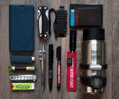 Everyday Carry - Russia/Software Developer - My Winter EDC Mochila Edc, Earthquake Kits, Edc Tactical, Tactical Knives, Alcohol, Edc Everyday Carry, Edc Tools, Bug Out Bag, Edc Gear