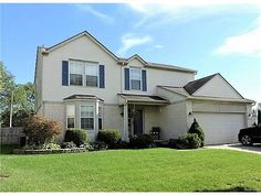2044 sqft Canton Mi Colonial 4 bdr 2.5 bath finished basement and tons more!  Call 313-277-6453 for more info!!#gometrohomes #MoveinFall #CantonMichigan