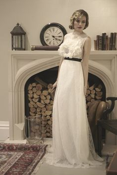 @AgneOfficial chanelling 20's inspired bridal elegance by www.zmode.co.uk. Lovely fashion photograpy by @NatalieJWedding