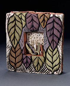 Давно наблюдаю за творчеством замечательной керамистки Deb LeAir, но про нее так мало информации, и вот вчера наконец нашла ее сайт и удивителные работы... Была несказанно рада, чем и спешу поделиться с вами мои дорогие!