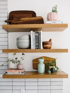 Styling Our Kitchen Shelves Three Different Ways Like A Pro - The Effortless Chi. - Styling Our Kitchen Shelves Three Different Ways Like A Pro – The Effortless Chic / - Kitchens Live Edge, Kitchen Style, Decor, Kitchen Renovation Inspiration, Shelves, Floating Shelves, Open Kitchen Shelves, Kitchen Shelves Styling, Kitchen Shelf Decor