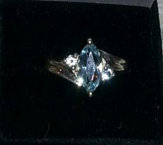 STUNNING MARQUISE STYLE BLUE TOPAZ STERLING SILVER RING