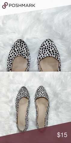 [OLD NAVY] faux fur • polka-dot pointed flats faux fur  animal print / polka dot  flat VGUC  SIZE 10 Old Navy Shoes Flats & Loafers