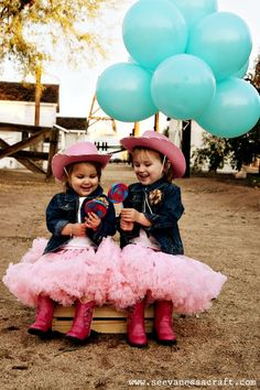 (party) cowgirl photo shoot: