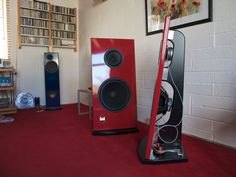Eminence Alpha 15A and Visaton B200 in open baffle.