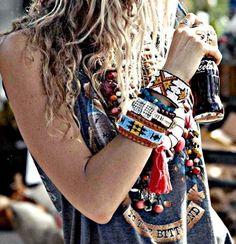 New Moda Femenina Hipster Chic Ideas Boho Hippie, Mode Boho Gypsy, Hippie Style, Style Hipster, Gypsy Style, Bohemian Style, Modern Hippie, Bohemian Hair, Hippie Life