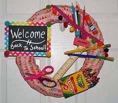 MACARONI CRAFT: BACK TO SCHOOL WREATH | For your front door or as a gift for your child's teacher!