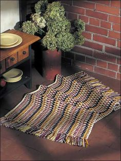 Sunny Area Rug Crochet Pattern-freepatterns.com membership required