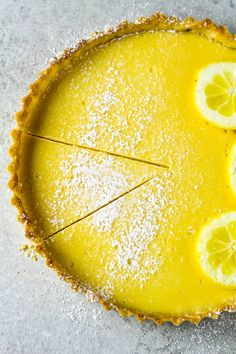Easy Lemon Tart - A homemade buttery, flaky crust filled with a sweet and zesty lemon filling. The perfect Spring/Summer dessert! Lemon Desserts, Lemon Recipes, Tart Recipes, Summer Desserts, Dessert Recipes, Tart Crust Recipe, Egg Tart, Lemon Filling, Sweet Pie